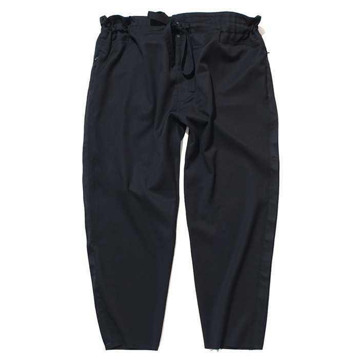 가쿠로 TAPERED WRAP PANTS_BLACK