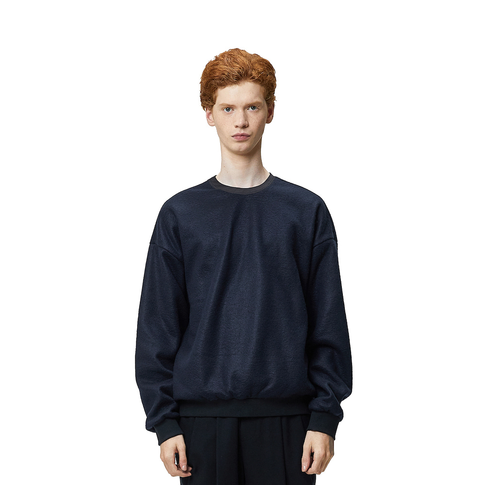 에이카화이트 NORD OVERSIZE SWEAT (Navy)