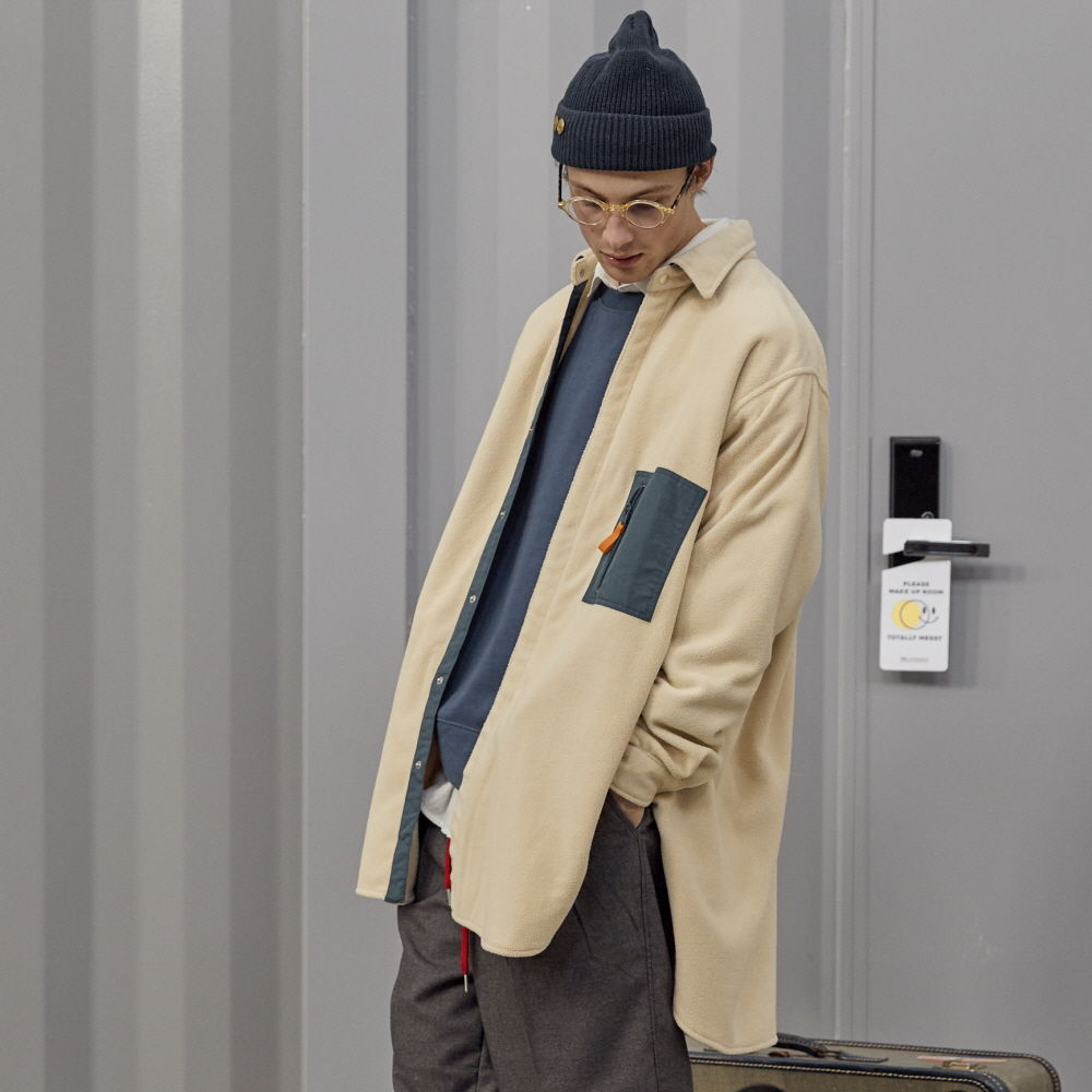 데일리인 DOOR MAN MICRO FLEECE OVERSIZED LONG SHIRT JACKET_Cream