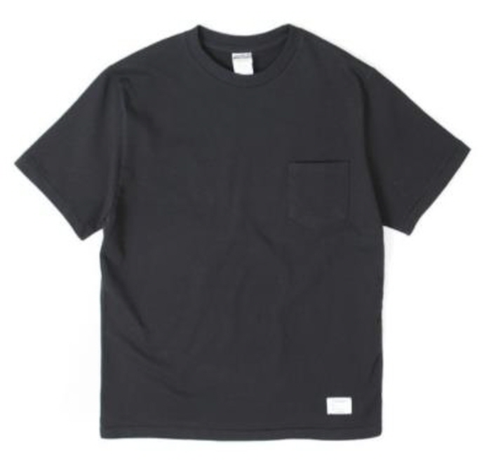 아웃스탠딩 STANDARD POCKET CREWNECK [BLACK]