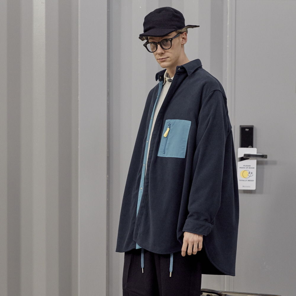 데일리인 DOOR MAN MICRO FLEECE OVERSIZED LONG SHIRT JACKET_Navy