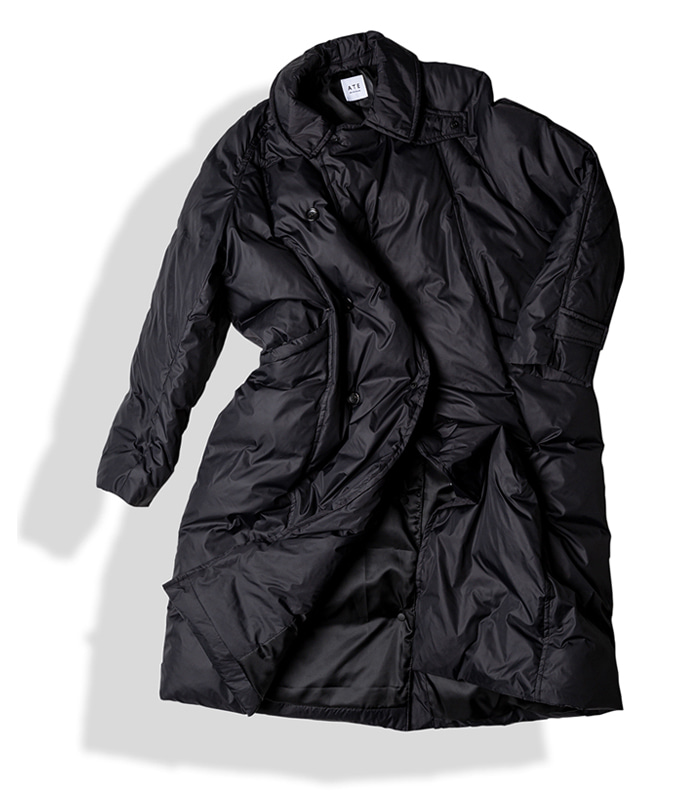 아티튜드 MAXI RAP DOWN COAT (Black)